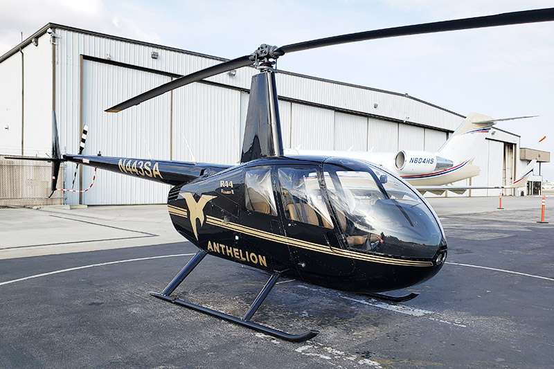 4 passengers Helicopter / R44