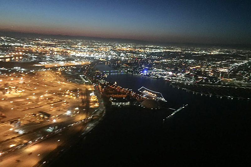 Sightseeing Flight at Night over Los Angeles ~Dinner on the Queen Mary~